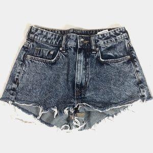 Divided Shorts - ¡¡¡☘️3/$20!!! Divided Acid Washed Jean Shorts TPIS